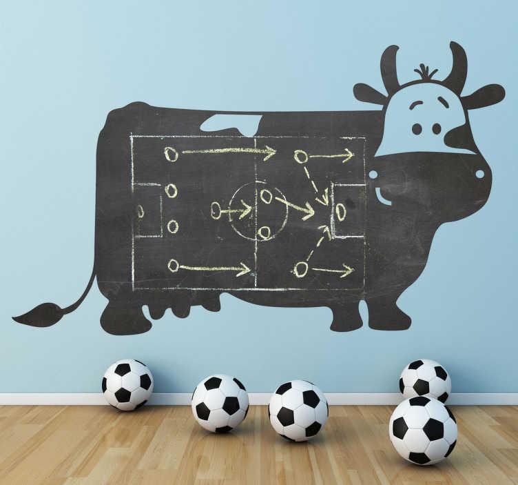 TenStickers. 牛黑板墙贴纸. 一头牛的创意和原始孩子贴纸,但也是一块黑板。精美的贴花来装饰你的家!