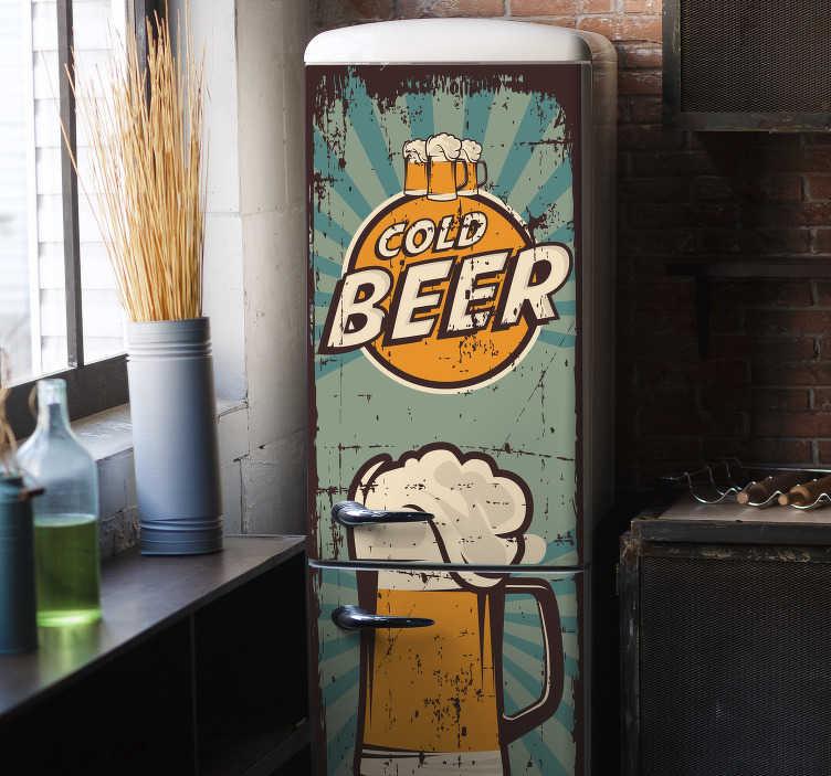 TenStickers. Autocolante para frigoríficos Canecas de cerveja. Um vinil autocolante decorativo para frigorífico de uma caneca de cerveja, para os verdadeiros fãs de cerveja.