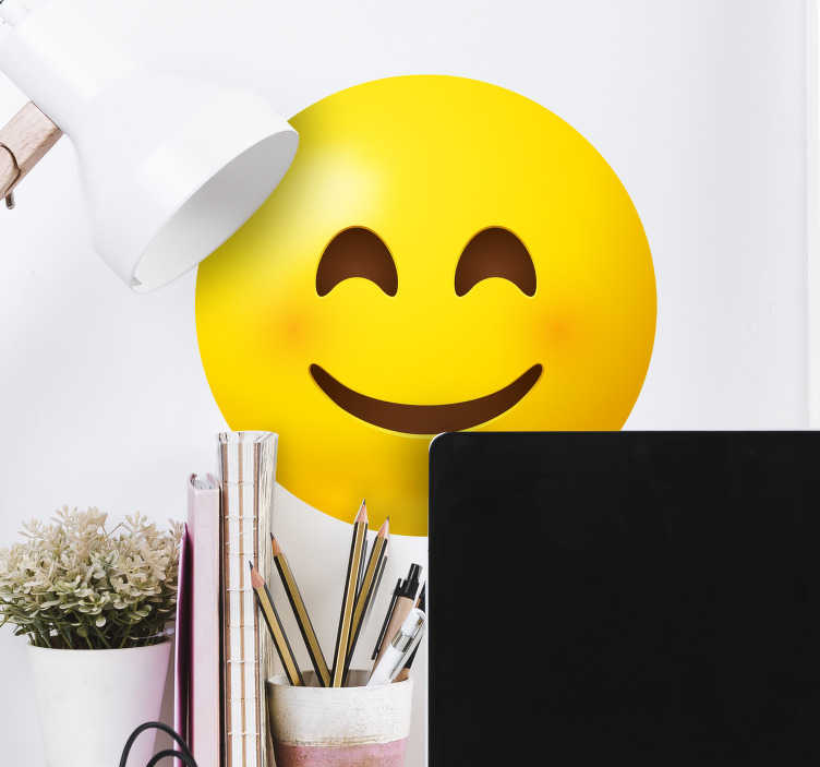 TenVinilo. Vinilo decorativo emoticono sonriendo. Diseño de vinilo pared de emoji sonriente para aplicar en cualquier espacio de elección. El diseño está disponible en diferentes opciones de tamaño.