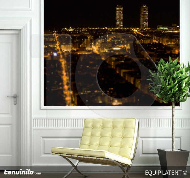 TenStickers. Vinil decorativo Barcelona de noite Torres Mapfre. Vinil decorativo de Barcelona onde tens uma vista privilegiada e noturna da cidade de Espanha. Adesivo de parede onde se avistam as torres de Mapfre.