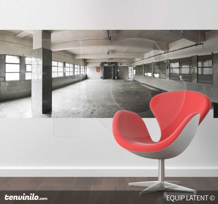 TenStickers. Naklejka dekoracyjna wnętrze fabryki. Naklejka dekoracyjna, która przedstawia wnętrze pustej fabryki.