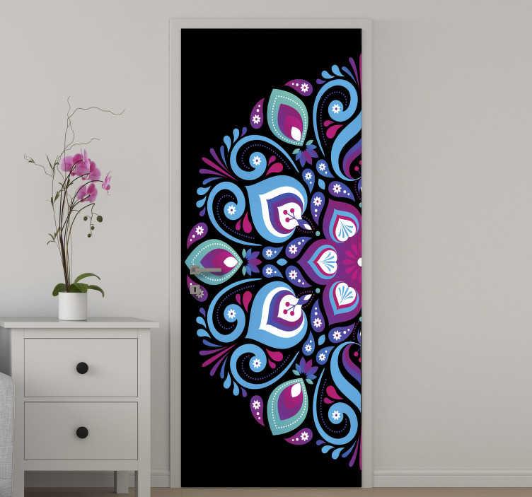 TenStickers. Adesivo porta vetro mandala tono blu. Adesivo decorativo porta mandala tono blu per abbellire la superficie della porta di casa. Usalo per lo spazio del soggiorno o della camera da letto.