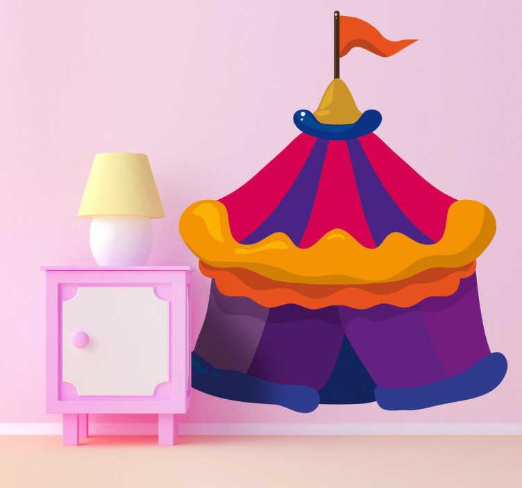 TenStickers. Sticker kinderkamer circus. Muursticker van een prachtige circustent in mooie heldere kleuren met bovenaan een vlagje. Een mooie wandsticker voor de decoratie van de kinderkamer.