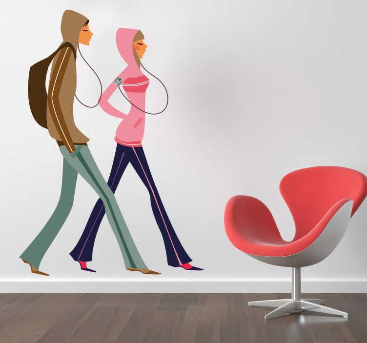 TenStickers. Sticker decorativo ragazza glamour 4. Adesivo murale che raffigura una coppia di teenager mentre passeggiano ascoltando i loro mp3. Una decorazione moderna ed originale per la camera dei ragazzi.