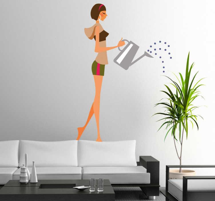 TenStickers. Kız sulama tesisleri duvar sticker. şort giyen ve bitkilerini sulama genç bir kız gösteren bu yüksek kaliteli duvar sticker ile evinizi süsleyin.