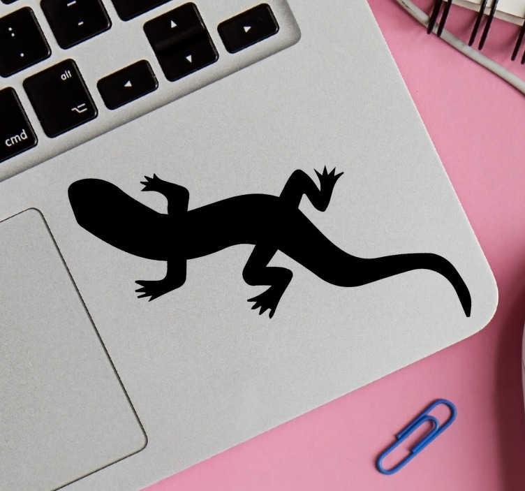 TenStickers. Peau d'ordinateur portable olm. Autocollant décoratif pour ordinateur portable avec la conception d'une créature amphibie olm pour les amateurs d'animaux spéciaux. Disponible en différentes couleurs et tailles.