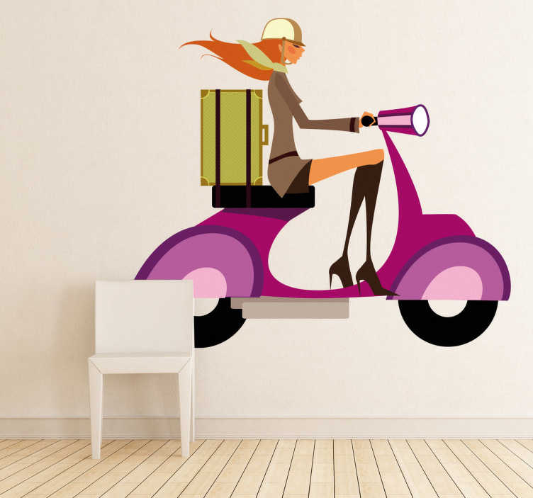 TenStickers. Sticker meisje Vespa. Deze sticker omtrent een stijlvolle jongedame op reis met haar luxueuze scooter. Ideaal voor modewinkels!