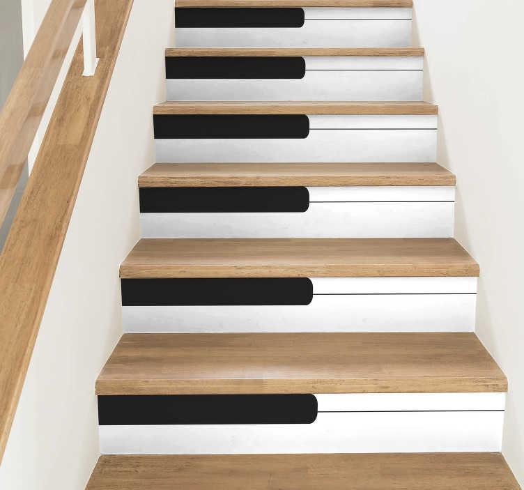 TenStickers. 계단 피아노 음악 데칼. 계단을위한 장식적인 피아노 널 비닐 스티커. 이 디자인을 가진이 공간에 고전적인 음악 접촉을 가져 가십시오. 적용하고 어떤 크기든지에서 유효한.