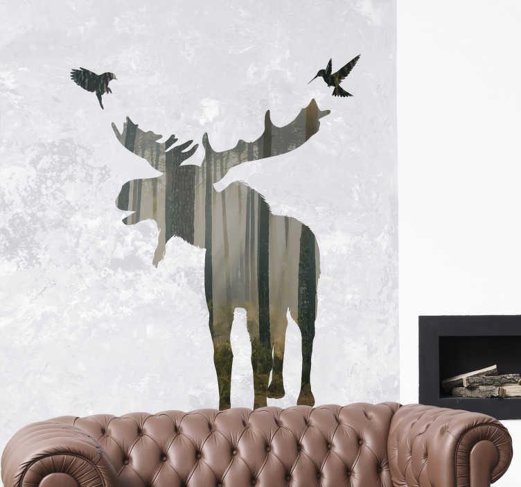 TenStickers. Animal sauvage dans la forêt autocollant . Un decoration murale décoratif pour la maison avec la conception d'un énorme cerf dans la forêt dans une texture et un fond translucides. L'acheter dans n'importe quelle taille souhaitable.