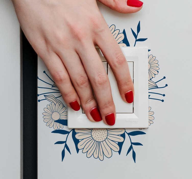 TenVinilo. Vinilo decorativo interruptor de la luz flores. Decora interruptores en la casa y la oficina con nuestras pegatinas adhesivas de color beige. Elige cualquier tamaño preferido. Fácil de aplicar.