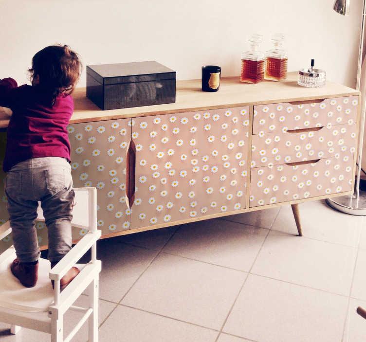 TenStickers. Sticker moderno della mobilia del modello della margherita. Adesivo decorativo per mobili con motivo floreale moderno colorato margherita. Ideale per tavoli, armadi con superficie piana. Personalizzabile in qualsiasi dimensione.