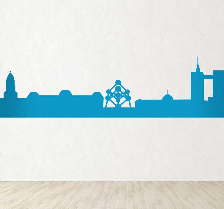 TenVinilo. Vinilo decorativo silueta Bruselas. Adhesivo con el perfil de la capital y ciudad más grande de Bélgica y principal sede administrativa de la Unión Europea. Un dormitorio urbano y original.