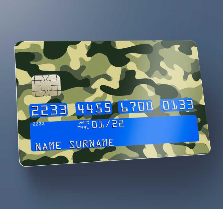 TENSTICKERS. 迷彩柄の緑と茶色のクレジットカードステッカー. ミリタリースタイルで銀行カードの表面を装飾するための迷彩デビットカードデカール。元のテクスチャの外観を持つ緑と茶色のコモデザイン。