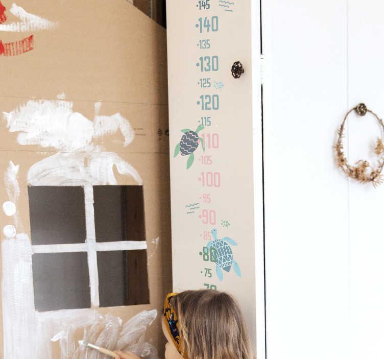 TENSTICKERS. 柔らかい色のカメサイザー動物ステッカー. 子供の寝室のスペースを飾る柔らかい色のカメ高さチャートデカール。必要なサイズがあり、簡単に適用できます。