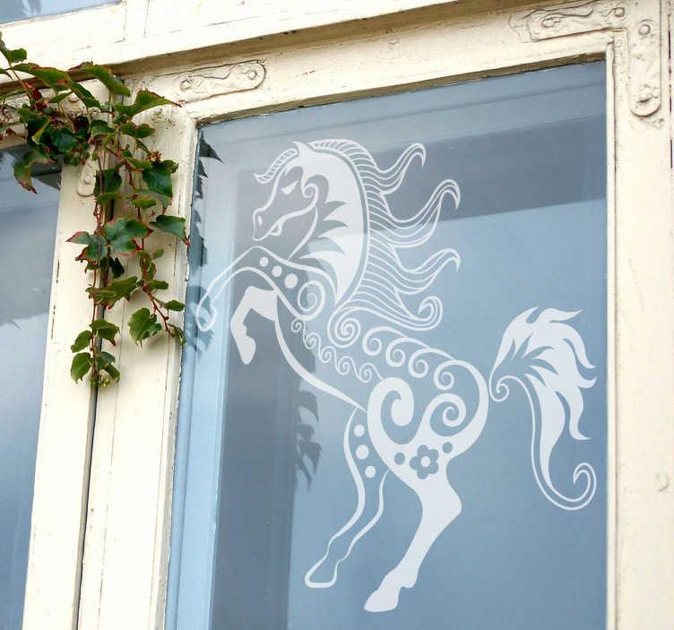 TenStickers. Naklejka dekoracyjna koń. Naklejka na ścianę przedstawiająca ładnego konia, który podnosi przednie kopyta. Interesujace rozwiązanie na szybką zmianę wystroju w pomieszczeniu.