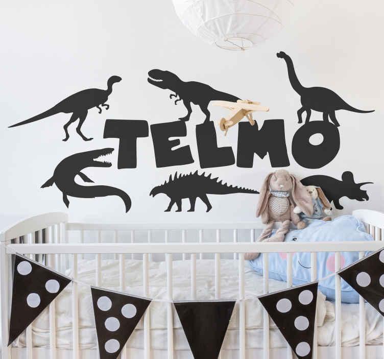 TenStickers. Autocolantes personalizáveis Dinossauros com nome. produtode dinossauro diferente para decorar o quarto de uma criança. é personalizável com qualquer nome de escolha. Trata-se de opções de cores e tamanhos indiferentes.