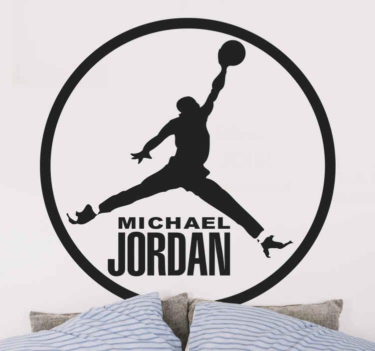 TenStickers. Wandtattoo Michael Jordan. Michael Jordan ist einer der bekanntesten und besten Basketballspieler aller Zeiten. Dieses Wandtattoo ist ideal für alle Basketball Fans!
