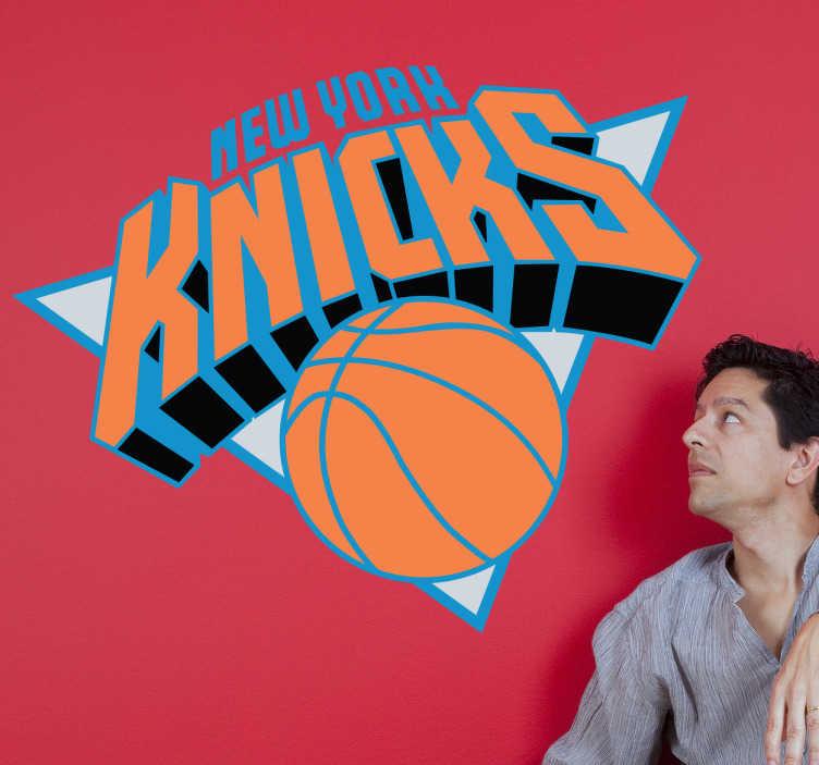 TenStickers. Sticker décoratif New York Knicks. Logo adhésif de la mythique équipe américaine de basketball, la NBA, située dans la ville de New York. Stickers autocollant idéal pour les fan de cette équipe.