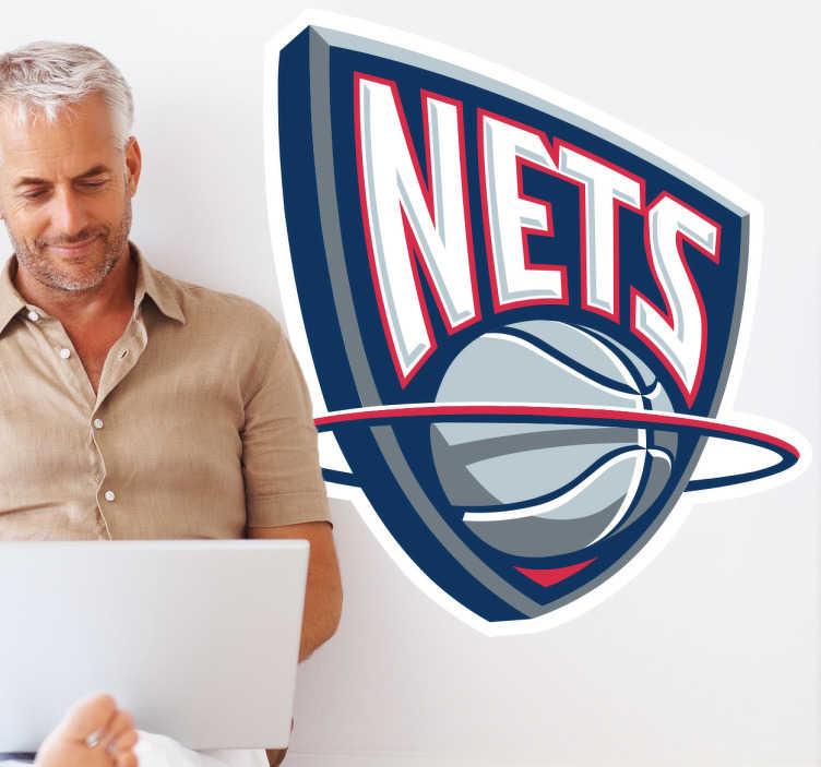 TenStickers. Sticker logo NJ Nets. Stickers décoratif représentant le logo de l'équipe américaine de la NBA, basée à Brooklyn : Les Nets.Sélectionnez les dimensions de votre choix pour personnaliser le stickers à votre convenance.
