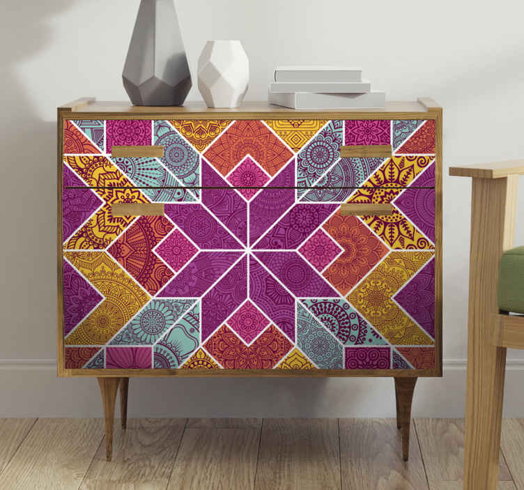 TenVinilo. Vinilo muebles mosaico de paisley. Cambie la cara de sus muebles con nuestro hermoso vinilo para muebles colorido de estilo paisley. Elige medidas ¡Envío a domicilio!
