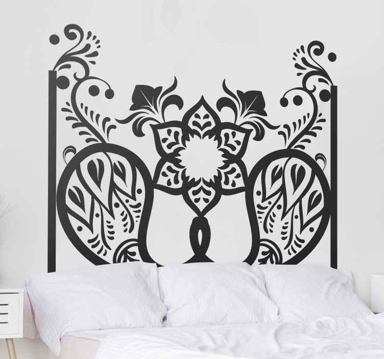 TenVinilo. Vinilo cabecero cama patrón motivos paisley. Hermoso vinilo cabecero cama ornamental para crear un espacio y una atmósfera increíbles en el hogar. Elige medidas ¡Envío a domicilio!