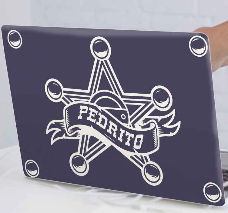 TENSTICKERS. ラップトップスキンの名前を持つ保安官. 保安官の指揮でラップトップのスペースを美しくする装飾的な象徴的な保安官バッジデカール。製品は高品質のビニールで作られています。