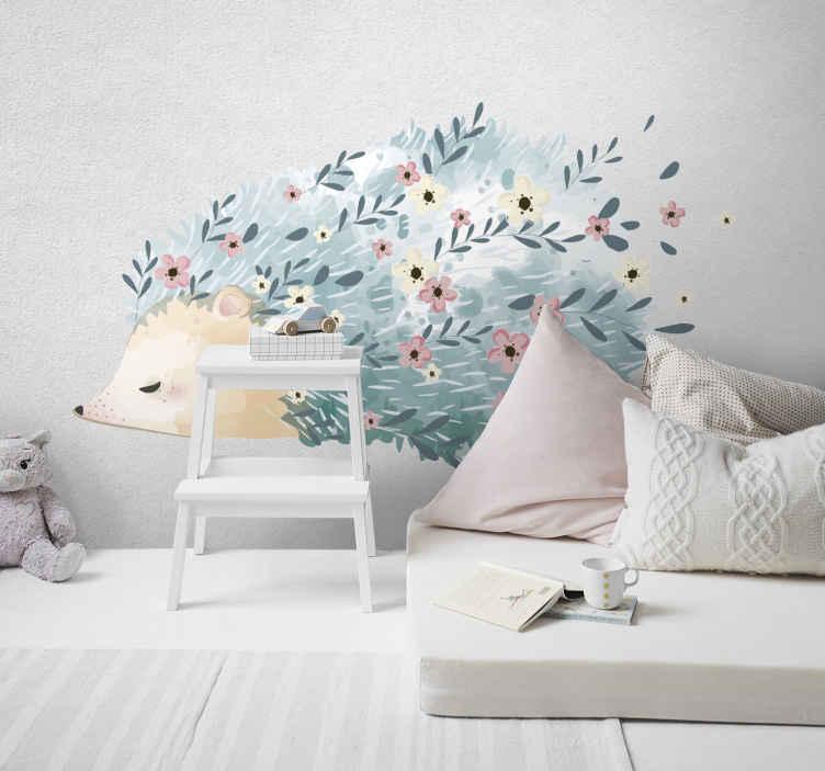 TenVinilo. Vinilo para niños puercoespín con púas de flores. Vinilo para niños con puercoespín artístico con flores en las púas que crea un fantástico diseño para habitación infantil ¡Envío a domicilio!
