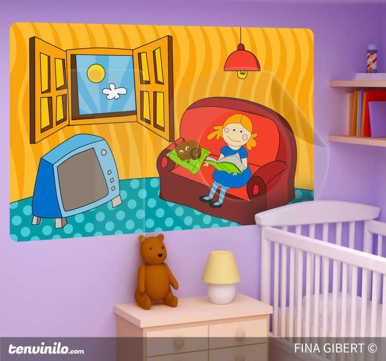 TenStickers. Adesivo bambini lettura pomeridiana. Sticker raffigurante una bimba che legge un libro seduta sul divano, in compagnia del suo gatto. Basato sul disegno originale di Fina Gibert.