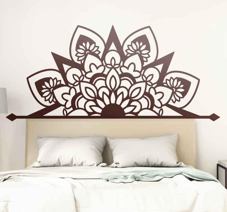 TenVinilo. Vinilo decorativo mandala cabecero cama floral . Vinilo mandala grande floreciente para cabecero de cama y decorar tu casa de forma bonita. Elige color y tamaño ¡Envío a domicilio!