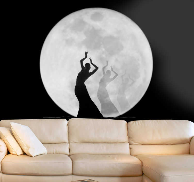 Tenstickers. Måne dans silhuett väggmålning klistermärke. Den dansande siluetten framför den fulla ljusa månen. Vilket coolt sätt att dekorera ditt hem med denna fullmåne väggkonst klistermärke.