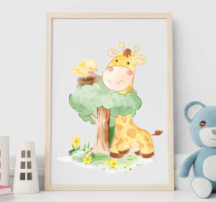 TenVinilo. Vinilo niños árbol con animales estilo nórdico. Vinilo animales infantiles con una jirafa y un pájaro en un nido en estilo nórdico. Diseño original y fácil de colocar ¡Envío a domicilio!