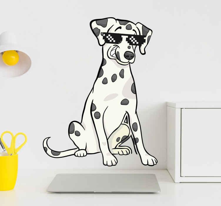 TENSTICKERS. ダルメシアンとサングラスの壁デカール. サングラスが付いた装飾的なダルメシアン犬のステッカー、あらゆるスペースを飾るための素敵なウォールアートデザイン。オリジナルで高品質のビニール製です。