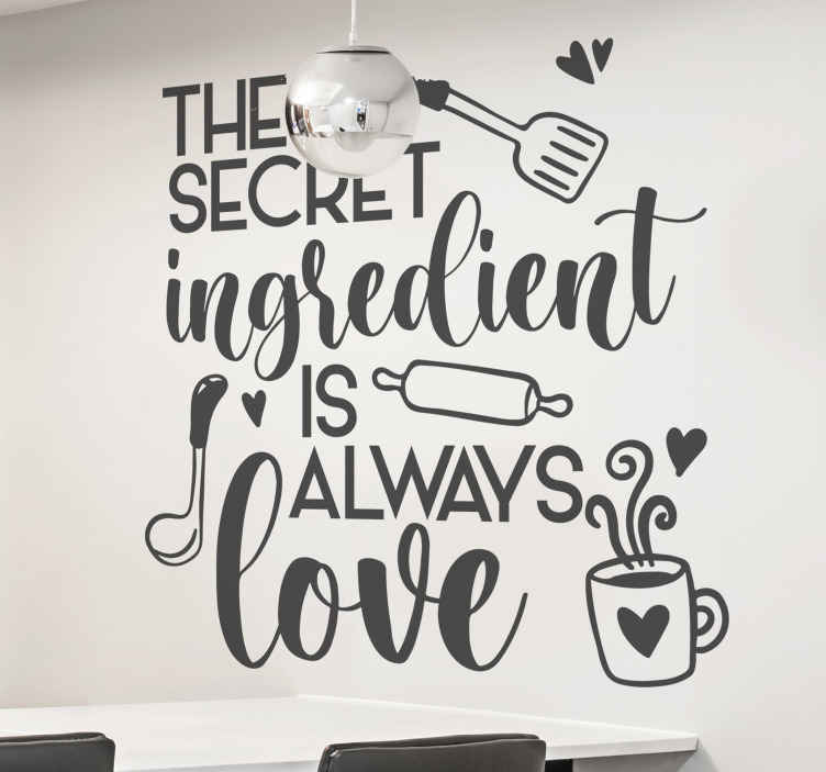 TENSTICKERS. 秘密の成分は常に愛引用ホームテキスト壁の装飾. 「秘密の成分は常に愛である」という文で作成された装飾的なキッチンテキストウォールアートデカール。異なる色でご利用いただけます。
