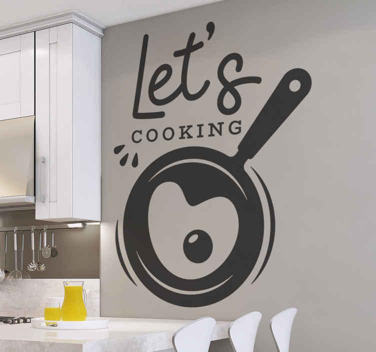 TENSTICKERS. 食品カトラリーステッカー付きフライパン. キャビネットのスペースやキッチンの壁に配置できる装飾的なキッチンウォールアートデカールは、「調理しよう」というテキストが付いたフライパンです。