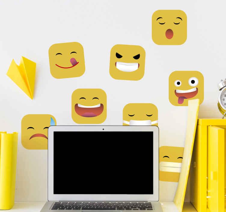 TENSTICKERS. ソーシャルメディア絵文字十代の部屋壁デカール. ソーシャルメディアの絵文字アイコンステッカーを使って、さまざまな反応の絵文字を黄色で空間に飾りましょう。貼り付けも簡単です。