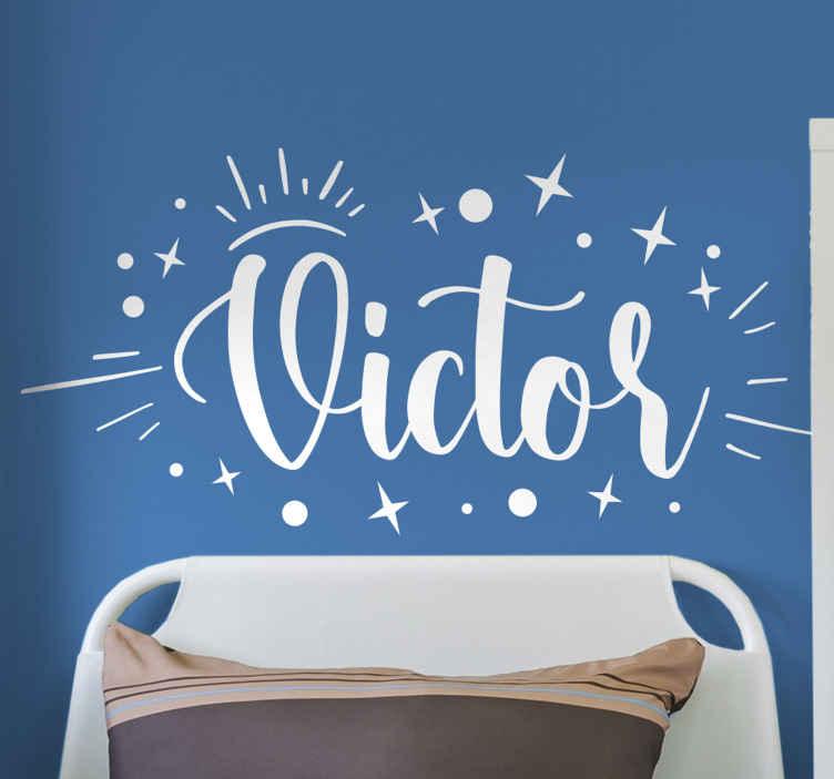 TENSTICKERS. 名前の付いた星のカスタムステッカー. 子供の寝室スペース用のスターステッカーデザインのカスタム名。デザインは、特別なフォントやその他の装飾機能でうまくスタイル設定されています。