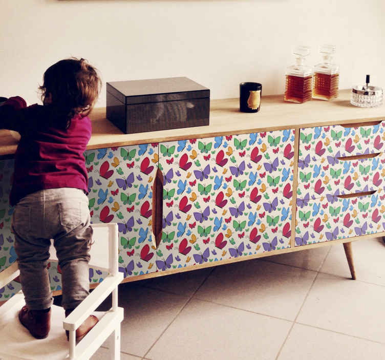 TENSTICKERS. 子供のための家具のデカールを飛ぶ蝶. 家具スペース用の装飾的で素晴らしい蝶のデカール。このデザインは、子供の寝室の家具スペースに適しています。