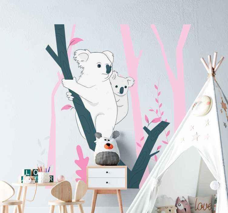 TENSTICKERS. 野生動物の木の壁のステッカーとピンクの木. 木の枝にぶら下がっている赤ちゃんコアラを描いた動物のウォールステッカー。あなたが木とジャングルの動物で装飾を探しているなら、完璧な選択です。