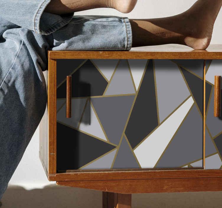 TenVinilo. Vinilo mueble triángulos grises nórdicos. Papel adhesivo para muebles geométrico triangular estilo escandinavo. Diseño en colores gris, blanco y negro. Muy adhesivo ¡Compra online!