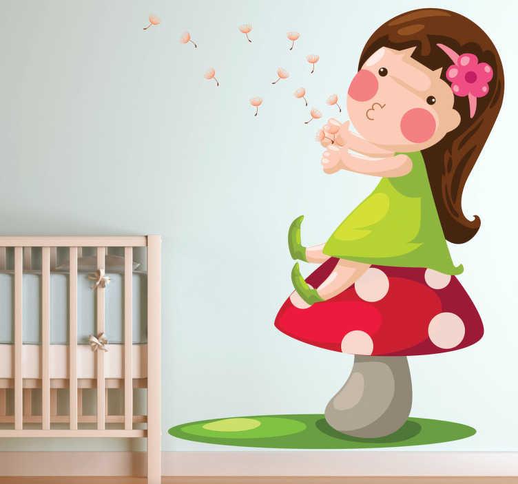 TenStickers. Mädchen auf Pilz Aufkleber. Das wundervolle, magische Wandtattoo illustriert ein kleines Mädchen, das auf einem Pilz sitzt und vergnügt Pusteblumen in den Wind bläst.