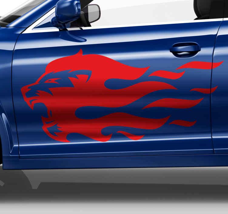 TENSTICKERS. 炎のシルエットの車のデカールのライオン. 激しい勇気の動物アートデザインの愛好家のための装飾的な車の窓のステッカー。このデザインは、炎のあるライオンの頭を描いています。
