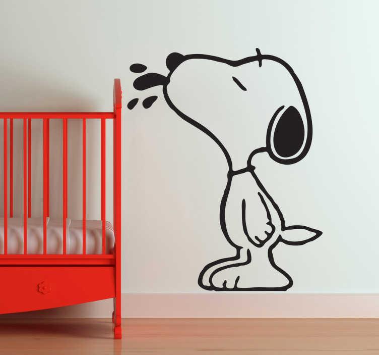 TenStickers. Snoopy nálepka na stěnu. Snoopy se stěhoval z domu... Jít na své zdi s domácí štítkem snoopy! Plný roztomilosti s jeho jazykem z úst, ideální pro vás. Rychlé doručení.