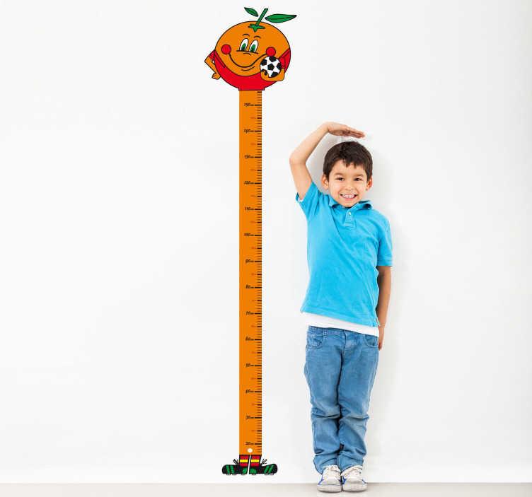 TenVinilo. Vinilo infantil medidor Naranjito. Medidor adhesivo para los más nostálgicos representado por la mascota de los mundiales de España del 82.*Este vinilo está pensado para colocarse a 8cm. del suelo para evitar los zócalos