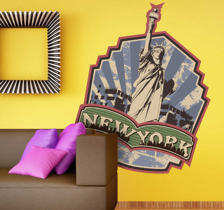 TenStickers. Naklejka dekoracyjna etykieta retro New Jork. Naklejka dekoracyjna, która przedstawia ilustrację w stylu retro, portretujący Statuę Wolności. Obrazek jest dostępny w wielu wymiarach.