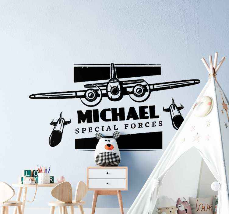 Muurstickers tekeningen Militair vliegtuig met naam