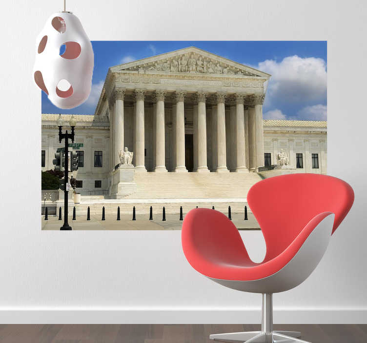 TenStickers. Sticker decorativo Corte Suprema USA. Fotomurale che ritrae il maestoso edificio della Corte Suprema statunitense a Washington. Un'elegante decorazione per le pareti del soggiorno o della camera da letto.