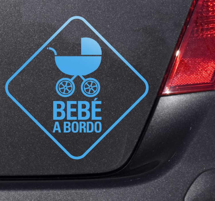 """TenStickers. Sticker decorativo carrinho de bebe. Sticker decorativo ilustrando um carrinho de bebé, juntamente com o texto """"Bebé a Bordo"""", ideal para decorar o seu carro."""