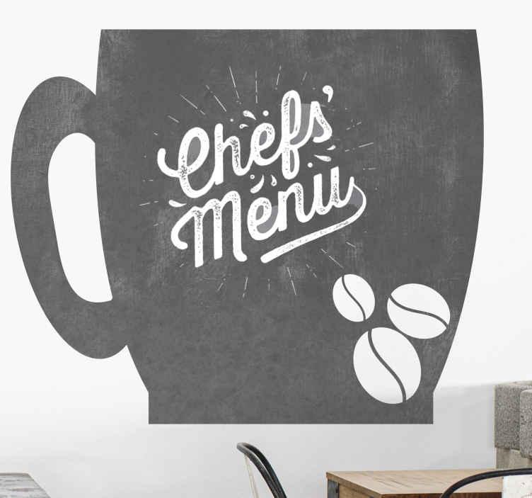 TenStickers. Sticker krijtbord koffiekopje chef's menu. Een geweldige, op koffie geïnspireerde krijtbord sticker die karakter aan uw muren zal geven! Anti-bubbel vinyl dat er fantastisch uitziet.