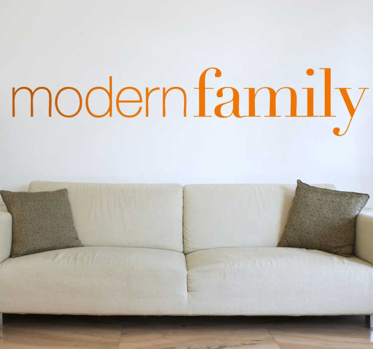 TenVinilo. Vinilo decorativo logo modern family. Adhesivo con la tipografía característica de esta divertida serie estadounidense.