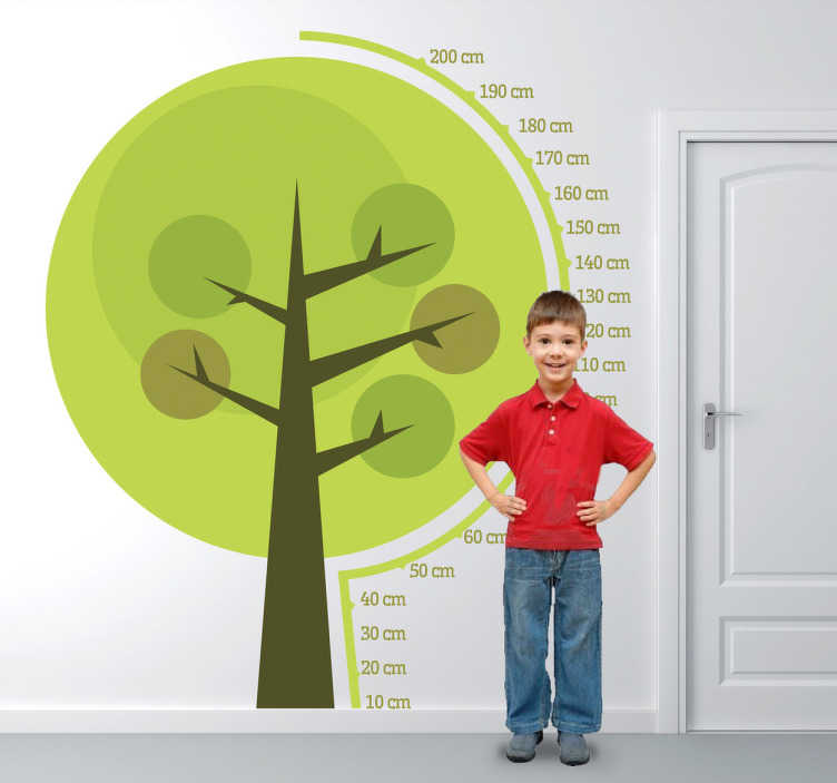 TenStickers. Sticker kinderen groeimeter boom. Houdt de lengte van u en uw kinderen nauwkeurig bij met behulp van deze mooie muursticker in de vorm van groeimeter.